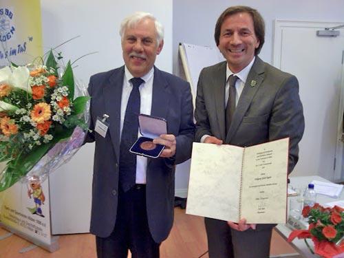 Auszeichnung für Wolfgang Tegeler